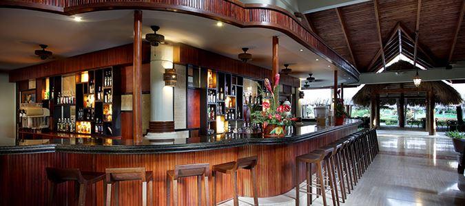 Caoba Lobby Bar