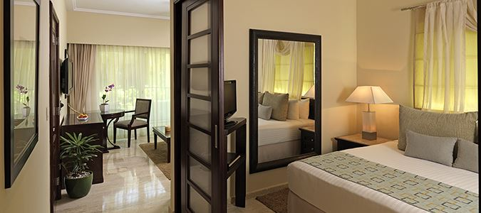 Reserve One Bedroom Suite with Jacuzzi