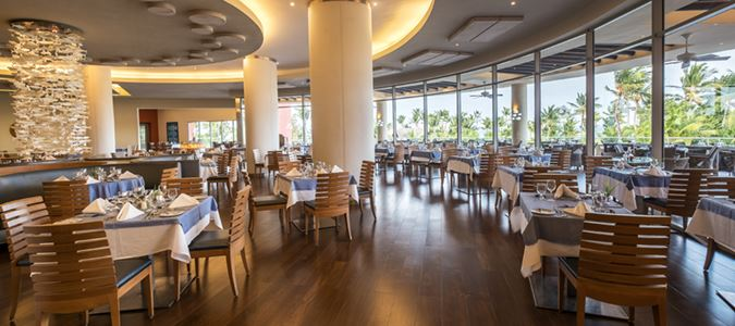 El Coral Seafood Restaurant
