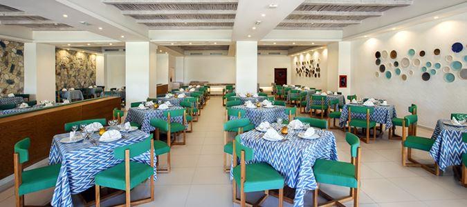 Las Barcas Restaurant