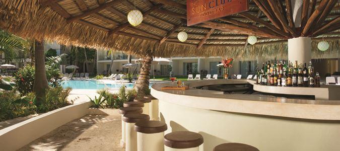 Sun Club Pool Bar