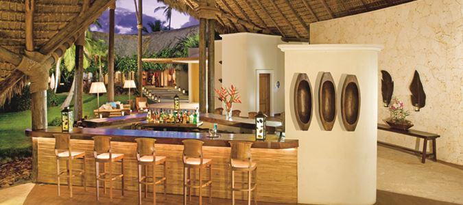 Canoa Lobby Bar