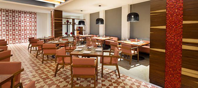 Rojo Corazón Restaurant