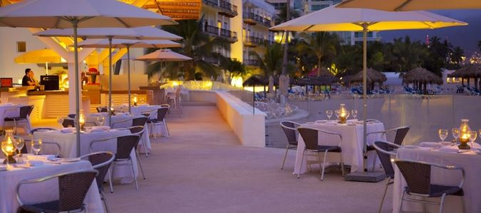 Las Velas Restaurant Terrace