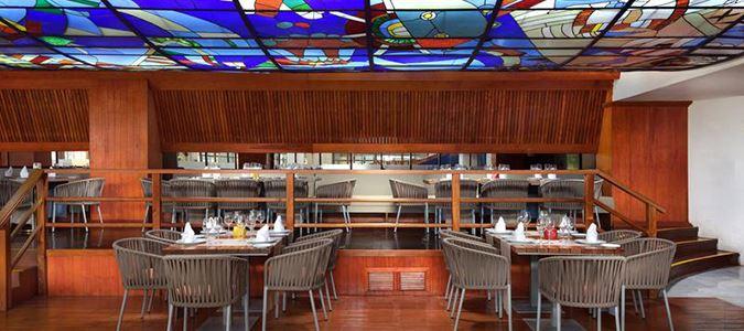 Vitrales Restaurant