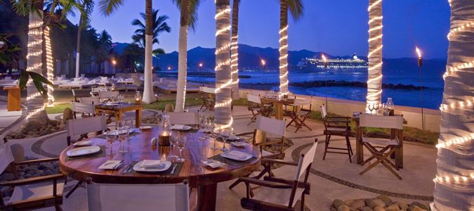 Arrecifes Restaurant Outdoor Dining