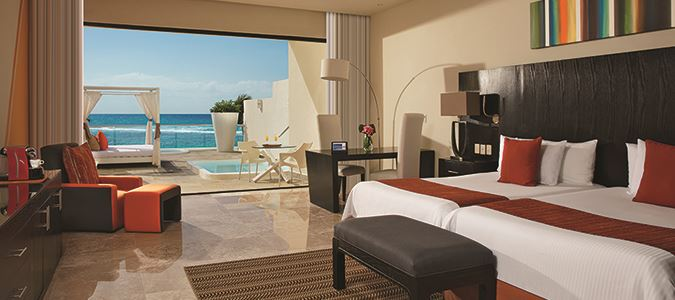 Sun Club Junior Suite Oceanview with Jacuzzi