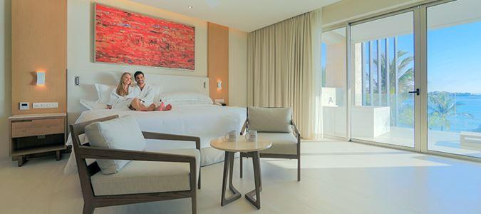 Premium Level Oceanfront Suite