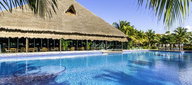 Fuentes Pool