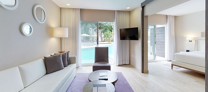 One Bedroom Swim-up Resort Residence