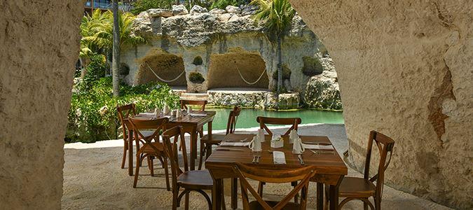 Las Cuevas Restaurant
