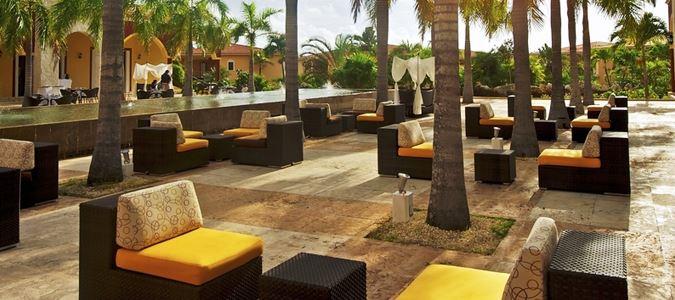 Pileta Lobby Lounge