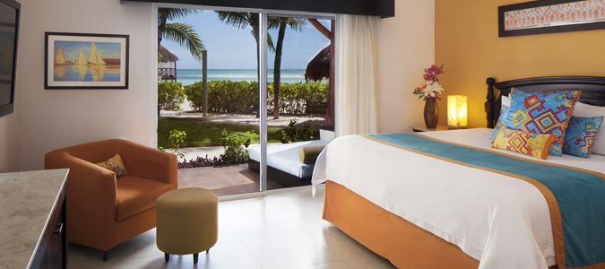 Mi Hotelito Beachfront Suite