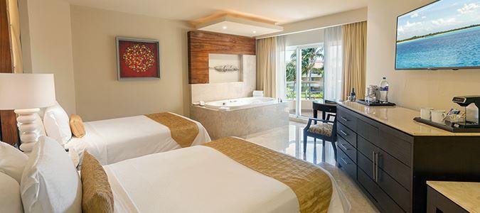 Superior Deluxe Gardenview Guestroom