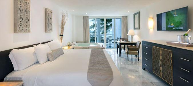 Superior Deluxe Partial Oceanview Guestroom