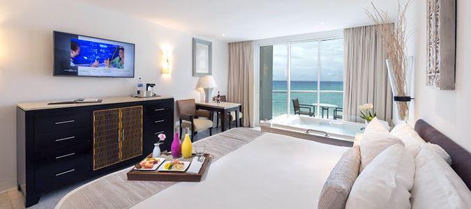 Superior Deluxe Oceanview Guestroom
