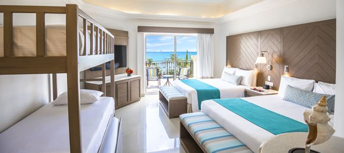 Family Junior Suite Oceanfront