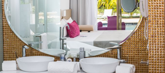 Platinum Deluxe Suite Swim Out
