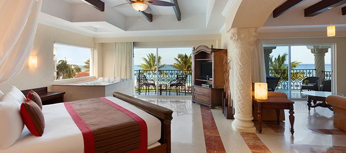 Royal Master Suite Oceanfront