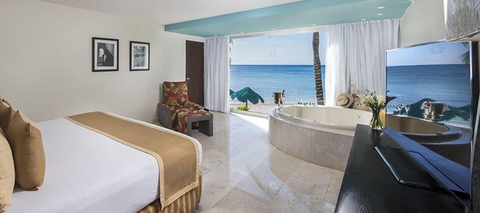 Sian Ka'an Ocean Guestroom with Jacuzzi