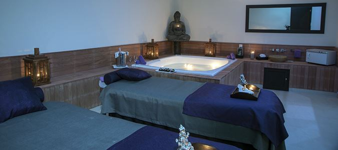 Spa with Organic Treatments