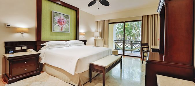 Royal Level Luxury Guestroom