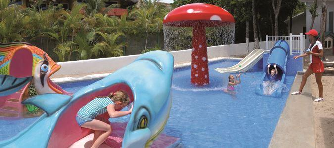 Kids Club Pool