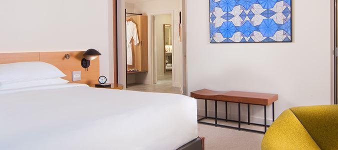 Andaz Corner Guestroom