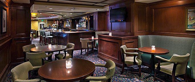 Margaux Lounge