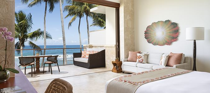 East Beach Ocean Reserve Oceanfront Luxury King Guestroom with Balcony