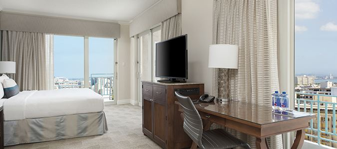 Oceanfront Guestroom Main Tower