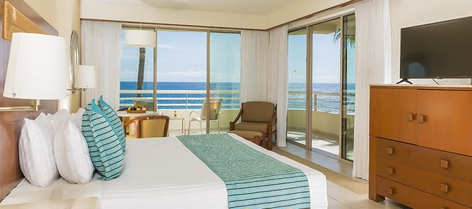 Beachfront Junior Suite Premium Level