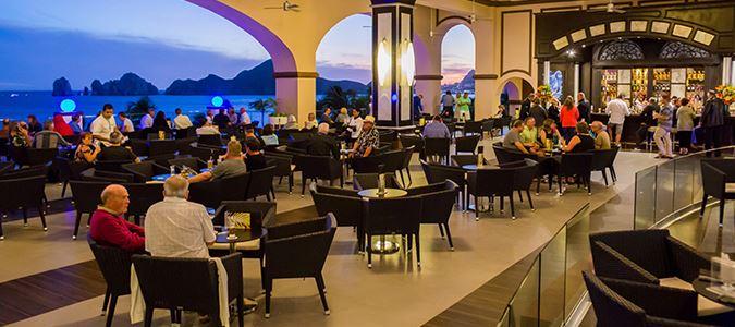 La Ventana Lobby Bar