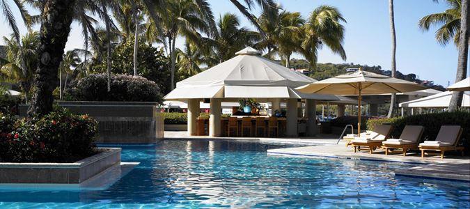 Snorkel's Pool Bar