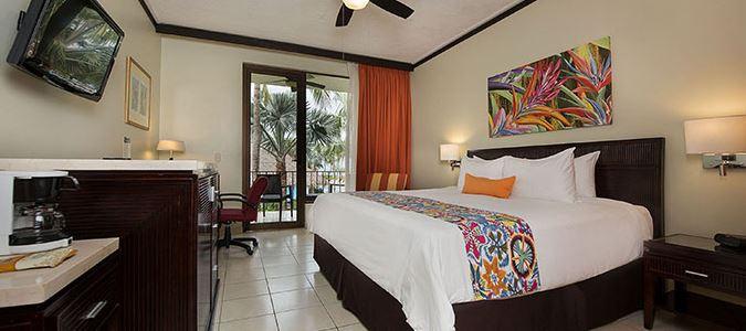 Poolview Guestroom