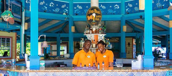 Pebbles Beach Bar