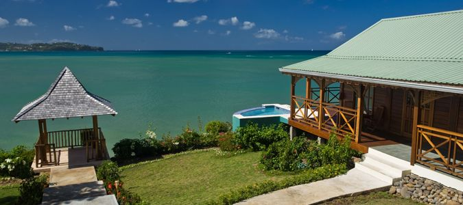 Honeymoon Watersedge Cottage with Private Pool
