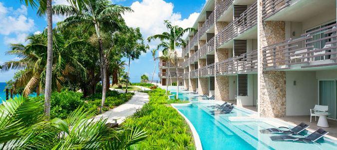 Exterior and Swim Up Suites Pool