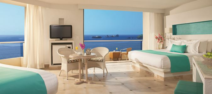 Sun Club Family Suite Oceanfront