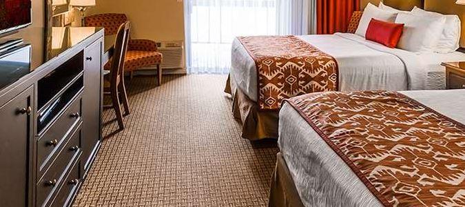 Standard Double Queen Town View Room