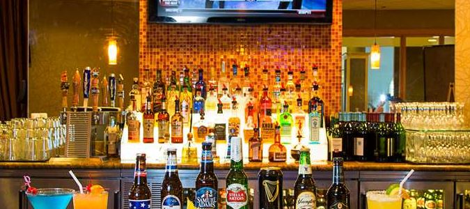 Crickets Bar & Grill