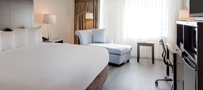 Newly Remodeled King Bed Room 1