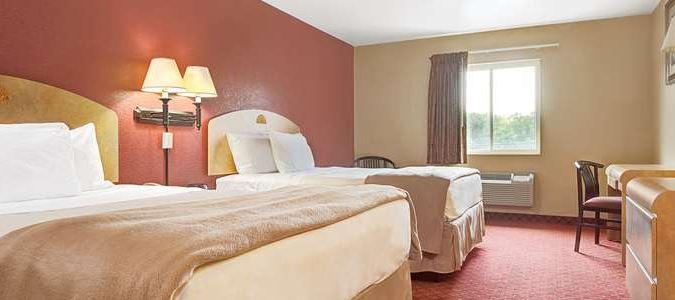Standard Double Queen Guest Room