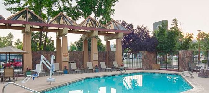 Boise Hotel Outdoor Pool & Whirlpool