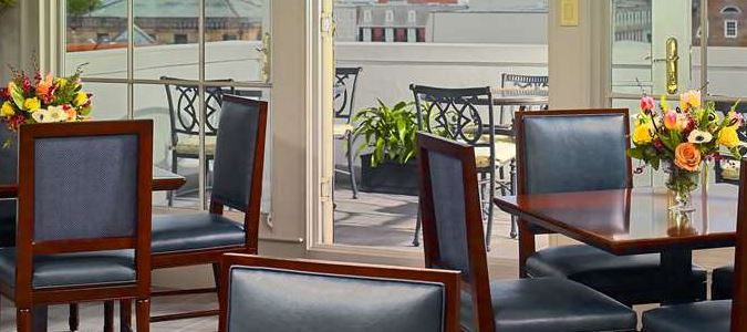 R Club Lounge with Terrace