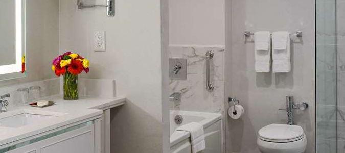 Interior Pool Suite parlor bathroom