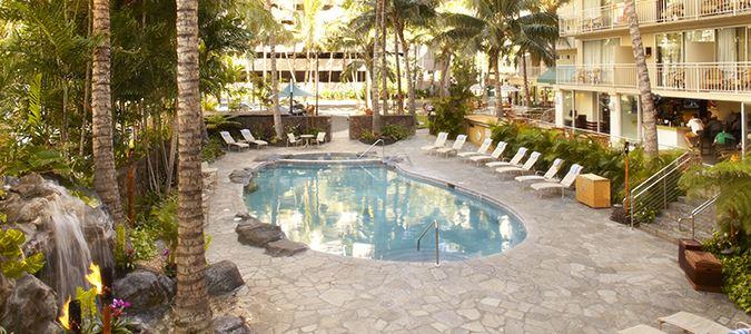 Courtyard By Marriott Waikiki Beach Oahu Hotels Applevacations