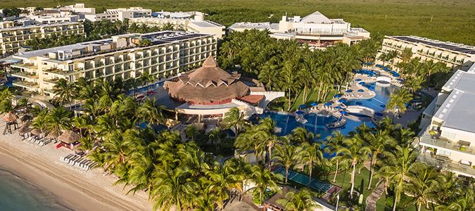 Azul Beach Resort Sensatori Mexico, by Karisma